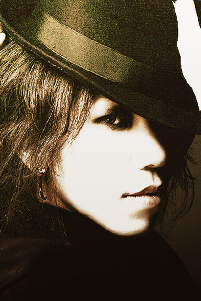 Mad Hatter Aoi